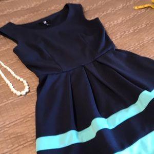 IZ Byer dress, navy and aqua, size XS